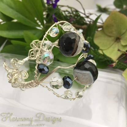 Picture of One Only  - Unique  - Crackled Black Agate And Clear Quartz - Czech Fire Polished Glass - Celebrity Crystal  - Silver Plated- Wire Work - Bracelet (B9)