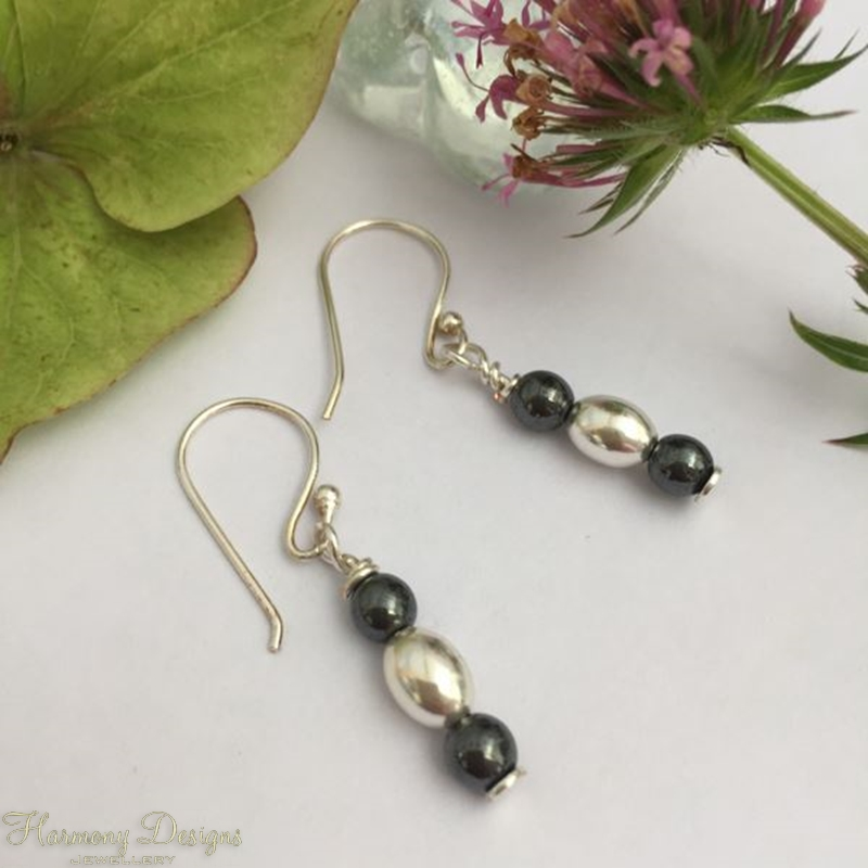 Picture of Monochrome - Haematite - Silver Plate - Simple Drop  - Earrings - ( E15)
