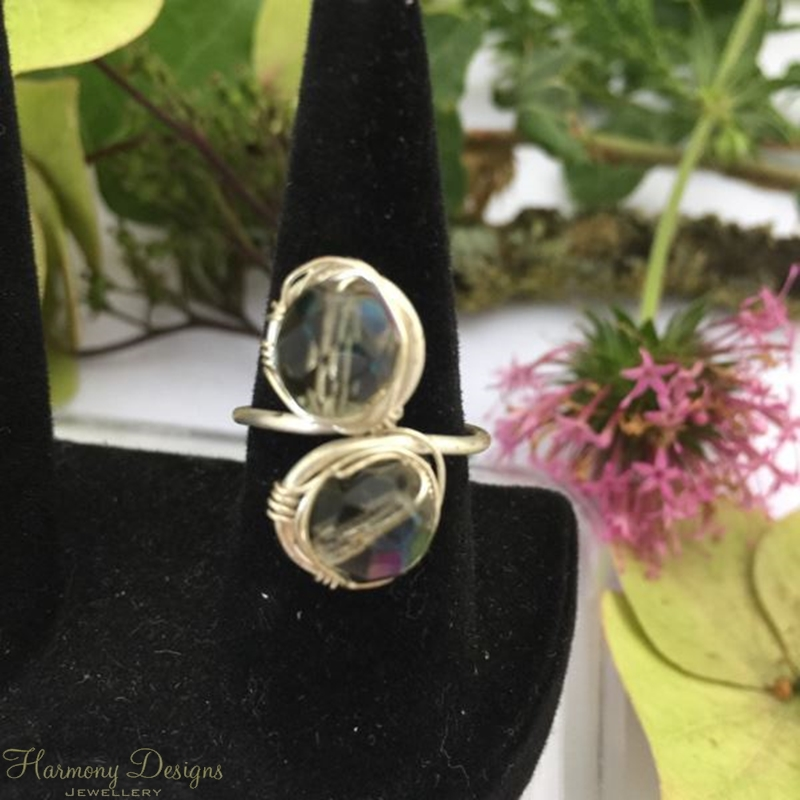 Picture of Attractive - Stylish -  Czech Fired Faceted Polished Glass - Hand Forged - Wire Wrapping  - Sliver Plated - Adjustable - Ring (R28)