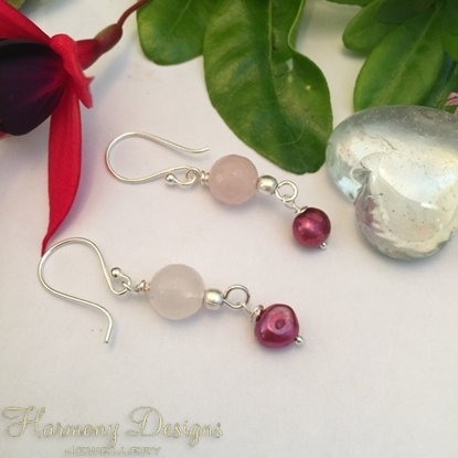 Picture of Delicate - Sophisticated -  Rose Quartz Faceted  - Cultured Freshwater Potatoes Pearls -  Silver Plated Beads  -  Sliver Plated (E45)