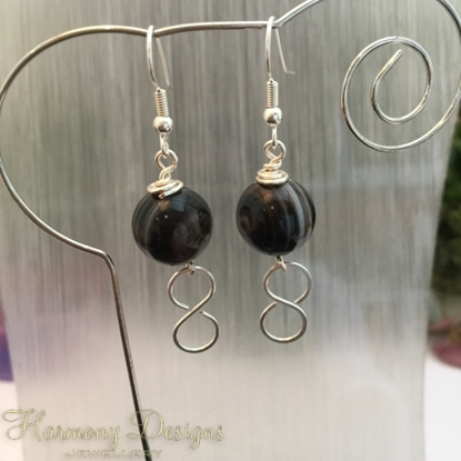 Picture of SOLD (E60) Agate - Hand Forged - Figure Of Eight - Sliver Plated - Earrings