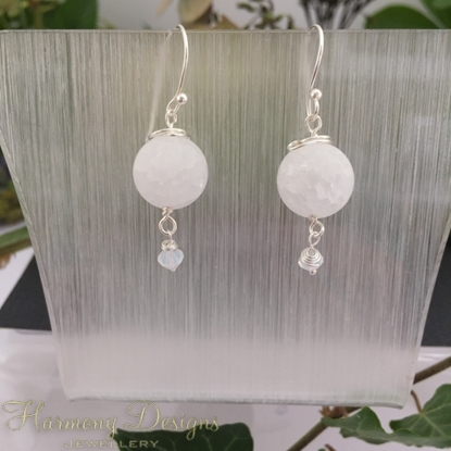 Picture of Exquisite - Crackled Quartz - Preciosa Crystal - Wire Work - Natural Shimmer - Earrings -   (E62)