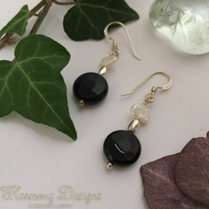 Picture of 925 Sterling  - Limited Stock - Timeless - Sophistication - White Freshwater Cultured Keshi Pearls - Black Agate - Earrings (E97)