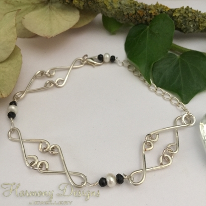 Picture of Whimsical Stylishness  - Black Spinel  - White Freshwater Cultured Button Pearls - Hand Forged / Hammed - Silver Plated - Bracelet (B20)