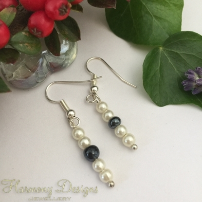 Picture of Monochrome - Haematite -  lustrous - Simple - Silver Plated - Glass Pearl - Earrings - (E20)
