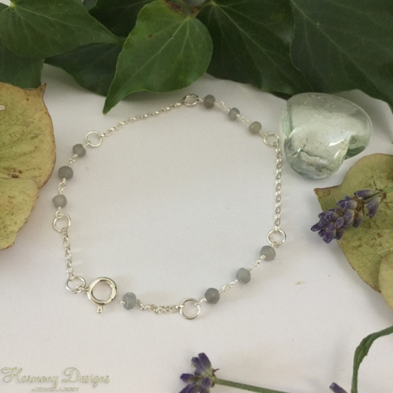 Picture of One Only - 925 Sterling Silver - Fine Dainty - Grey Moonstone - Rosary Chain Detailed - Bracelet (B27)